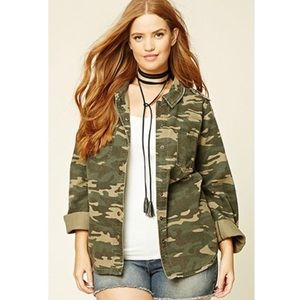 NWT🌟 Forever 21 + Camo Jacket
